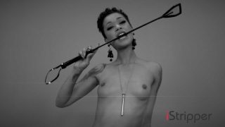 Skin Diamond gets all hot n wet while naked on Camera how to perform a strip tease
